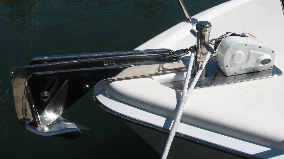Custom anchor windlass