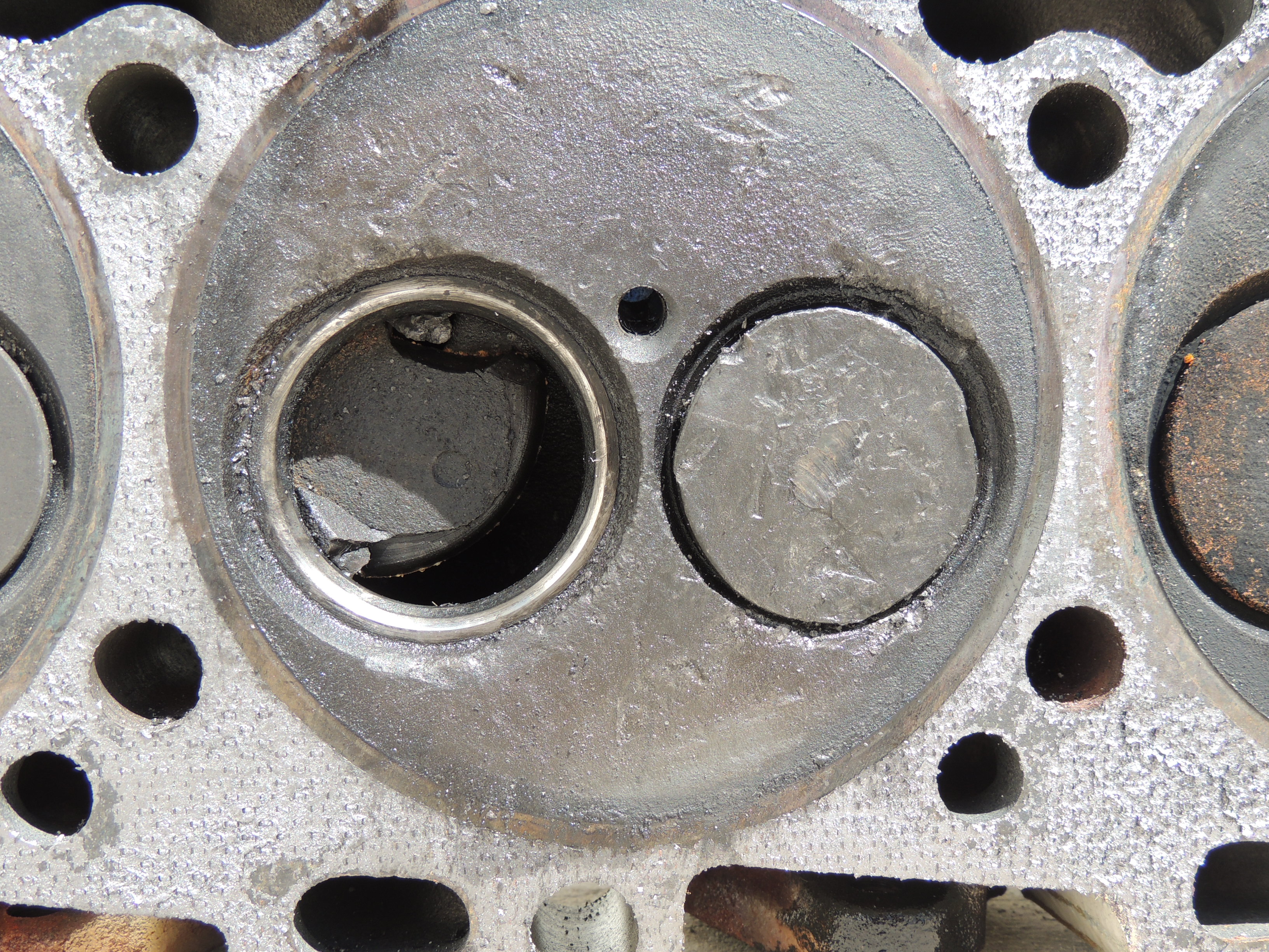 Cummins 480CE Dropped Valve Damage