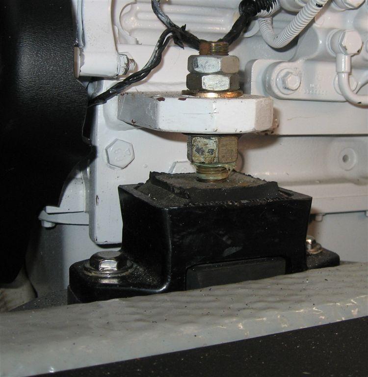 B  QSB Front Engine Brackets (0)
