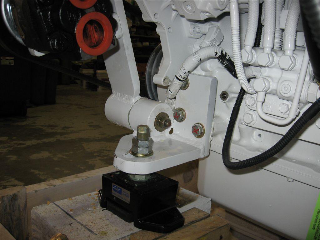 B  QSB Front Engine Brackets (12)
