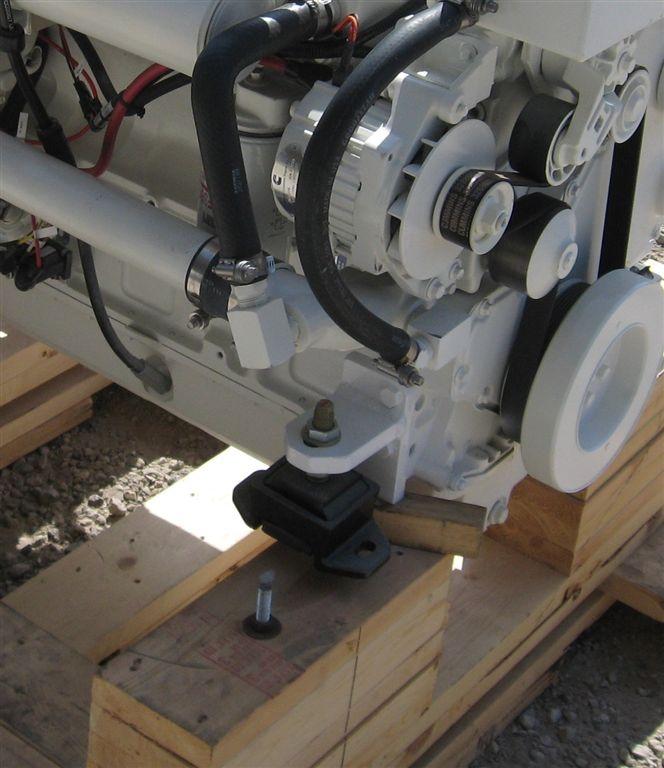 B  QSB Front Engine Brackets (9)
