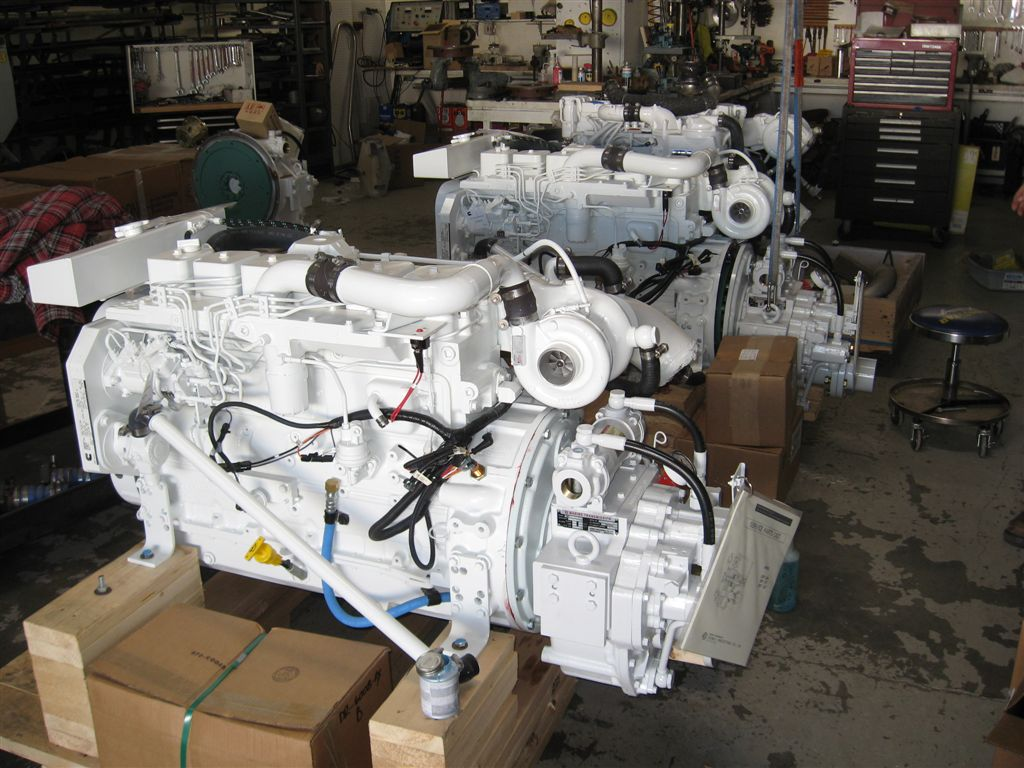 Heavy duty commercial grade cummins 6bt 210 marine engine for Engine motors for sale