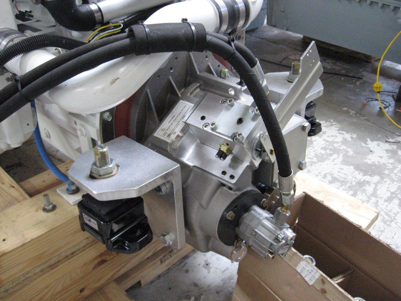 ZF280A_transmission_mounting_brackets