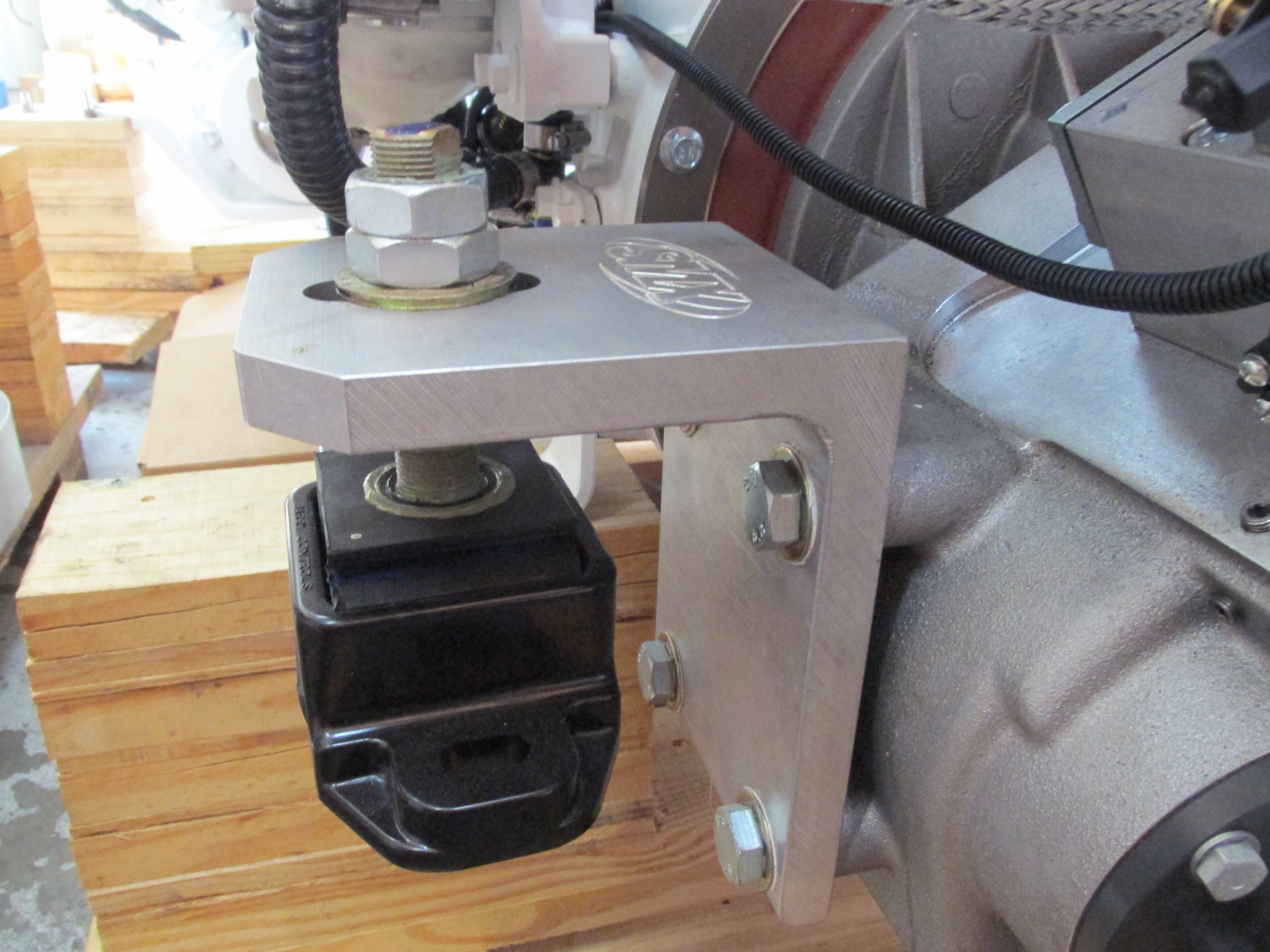 ZF 280A SMX Transmission Mounting Brackets