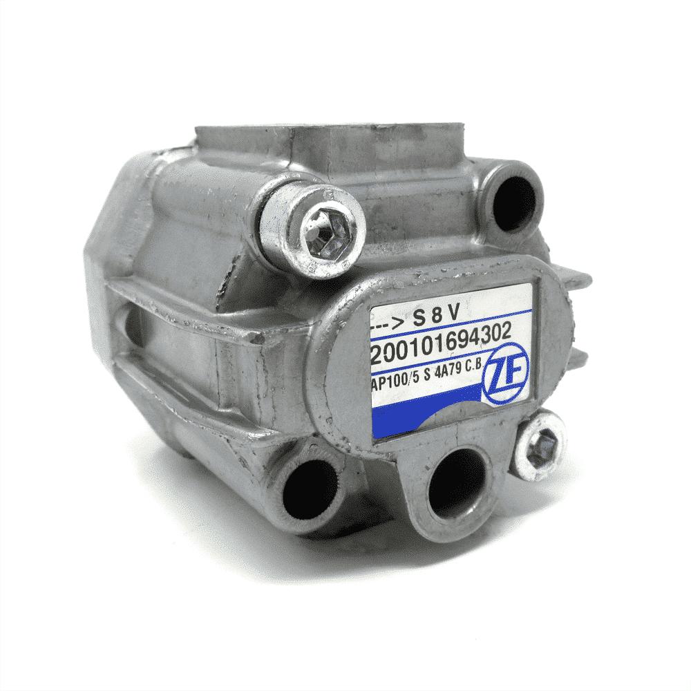Silver Ventura Double Head Pump